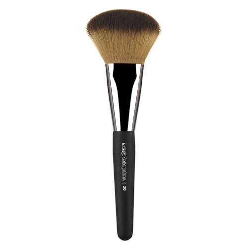 Flat powder brush for contouring 30
