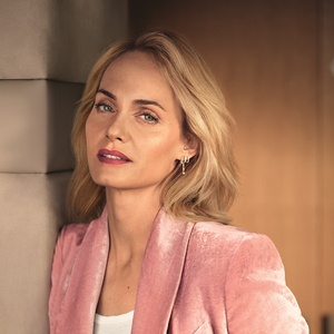 AMBER VALLETTA Look at you Mascara